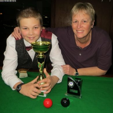 Mum battling two debilitating illnesses collects maiden WLBS trophy