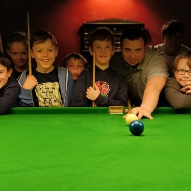 Billy Castle delights Salisbury youngsters