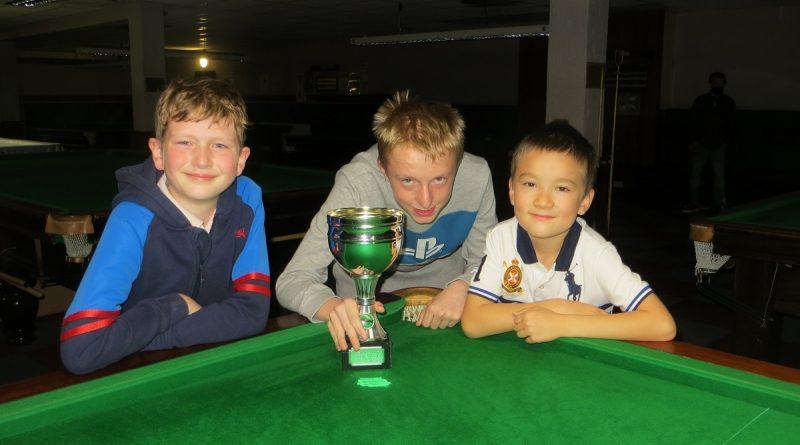 Chris Bennett wins first title